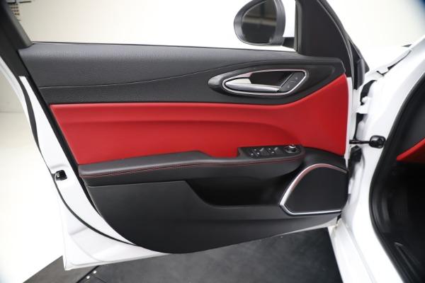 New 2020 Alfa Romeo Giulia Q4 for sale $44,845 at Alfa Romeo of Greenwich in Greenwich CT 06830 17