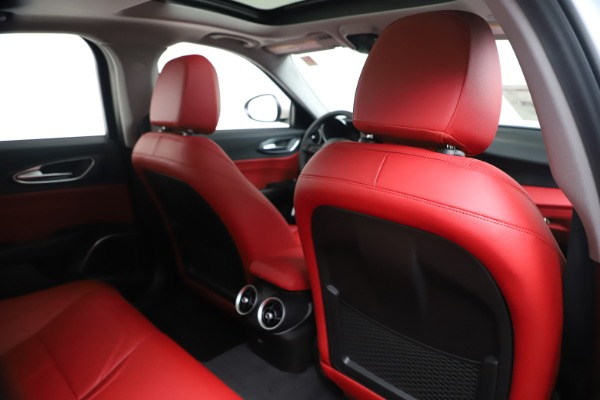 New 2020 Alfa Romeo Giulia Q4 for sale $44,845 at Alfa Romeo of Greenwich in Greenwich CT 06830 28