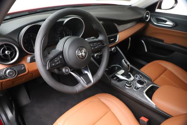 New 2020 Alfa Romeo Giulia Q4 for sale $44,845 at Alfa Romeo of Greenwich in Greenwich CT 06830 13