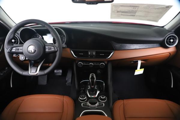New 2020 Alfa Romeo Giulia Q4 for sale $44,845 at Alfa Romeo of Greenwich in Greenwich CT 06830 16