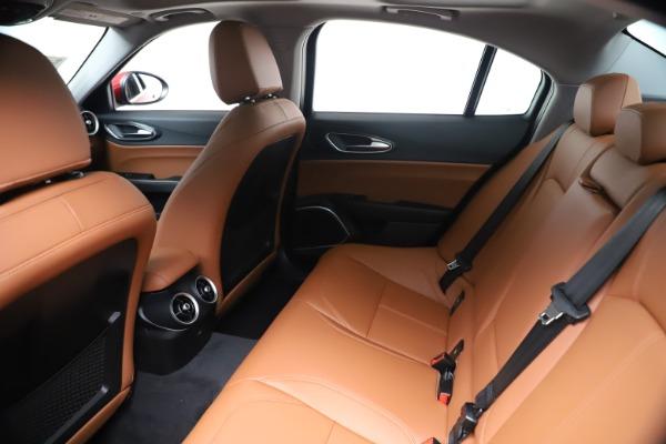 New 2020 Alfa Romeo Giulia Q4 for sale $44,845 at Alfa Romeo of Greenwich in Greenwich CT 06830 19