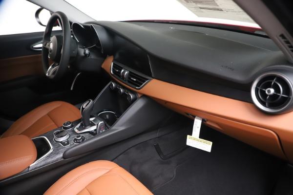 New 2020 Alfa Romeo Giulia Q4 for sale $44,845 at Alfa Romeo of Greenwich in Greenwich CT 06830 22