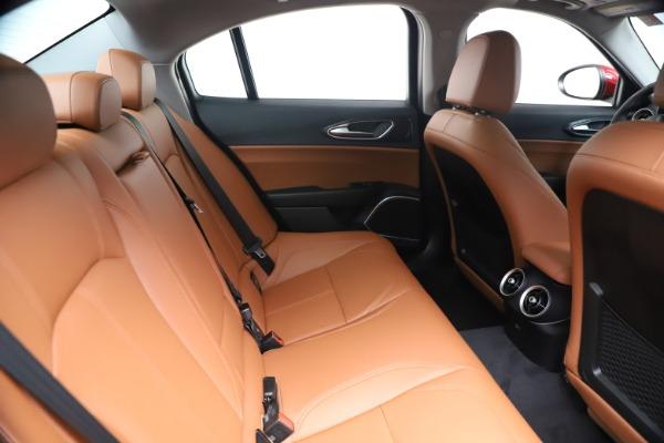 New 2020 Alfa Romeo Giulia Q4 for sale $44,845 at Alfa Romeo of Greenwich in Greenwich CT 06830 27