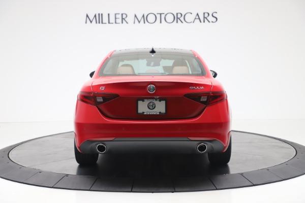 New 2020 Alfa Romeo Giulia Q4 for sale $44,845 at Alfa Romeo of Greenwich in Greenwich CT 06830 6