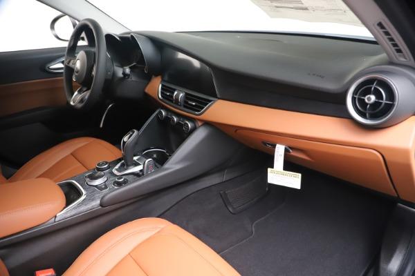 New 2020 Alfa Romeo Giulia Q4 for sale Sold at Alfa Romeo of Greenwich in Greenwich CT 06830 22