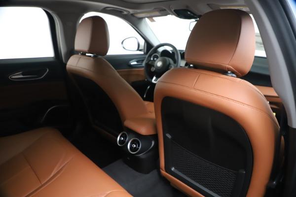 New 2020 Alfa Romeo Giulia Q4 for sale Sold at Alfa Romeo of Greenwich in Greenwich CT 06830 28