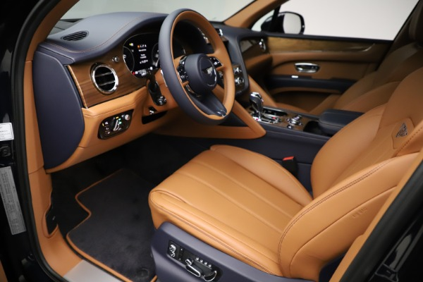 New 2021 Bentley Bentayga V8 for sale $203,205 at Alfa Romeo of Greenwich in Greenwich CT 06830 18