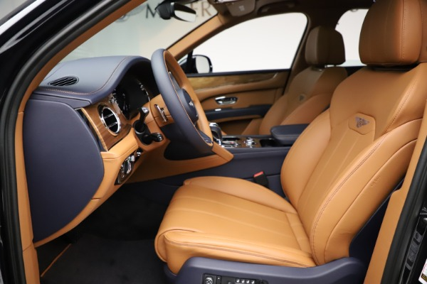 New 2021 Bentley Bentayga V8 for sale $203,205 at Alfa Romeo of Greenwich in Greenwich CT 06830 19