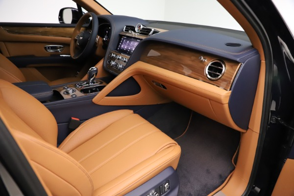 New 2021 Bentley Bentayga V8 for sale $203,205 at Alfa Romeo of Greenwich in Greenwich CT 06830 25