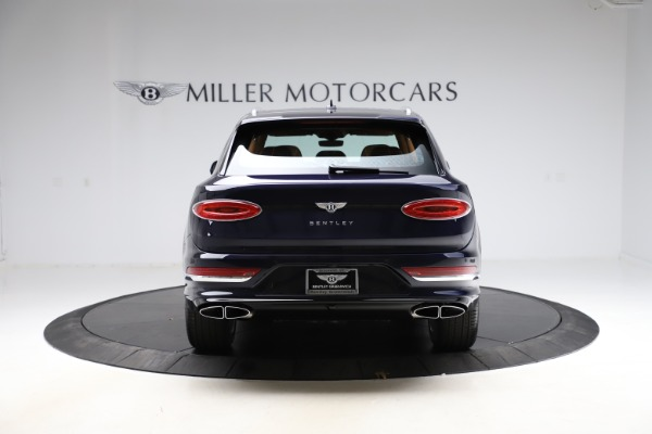 New 2021 Bentley Bentayga V8 for sale $203,205 at Alfa Romeo of Greenwich in Greenwich CT 06830 6