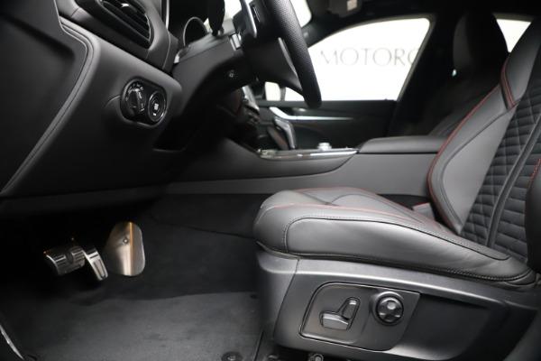 New 2020 Maserati Levante S Q4 GranSport for sale $102,985 at Alfa Romeo of Greenwich in Greenwich CT 06830 14