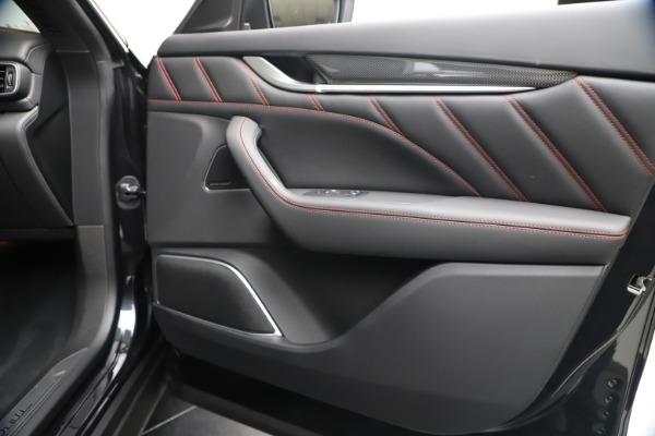 New 2020 Maserati Levante S Q4 GranSport for sale $102,985 at Alfa Romeo of Greenwich in Greenwich CT 06830 25