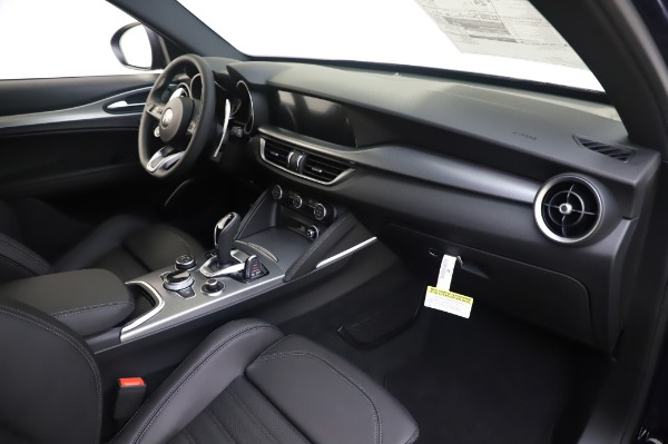 New 2020 Alfa Romeo Stelvio Ti Sport Q4 for sale $55,995 at Alfa Romeo of Greenwich in Greenwich CT 06830 22