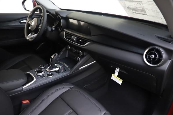 New 2020 Alfa Romeo Stelvio Q4 for sale $47,645 at Alfa Romeo of Greenwich in Greenwich CT 06830 22