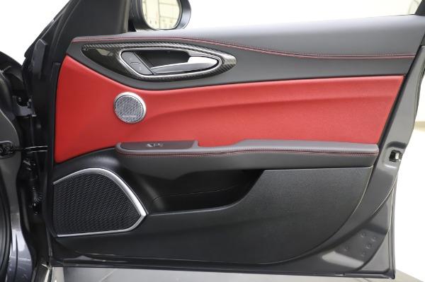 New 2020 Alfa Romeo Giulia Quadrifoglio for sale $87,445 at Alfa Romeo of Greenwich in Greenwich CT 06830 24