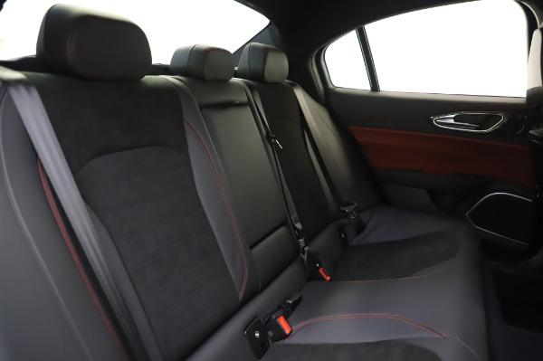 New 2020 Alfa Romeo Giulia Quadrifoglio for sale $87,445 at Alfa Romeo of Greenwich in Greenwich CT 06830 25