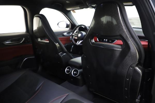 New 2020 Alfa Romeo Giulia Quadrifoglio for sale $87,445 at Alfa Romeo of Greenwich in Greenwich CT 06830 27