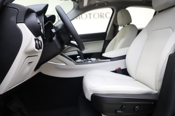New 2020 Alfa Romeo Stelvio Ti Q4 for sale $50,895 at Alfa Romeo of Greenwich in Greenwich CT 06830 14