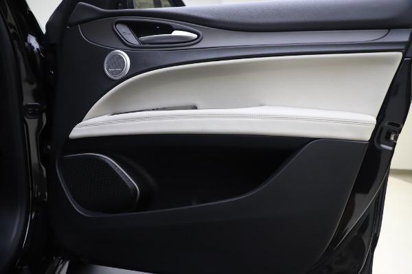 New 2020 Alfa Romeo Stelvio Ti Q4 for sale $50,895 at Alfa Romeo of Greenwich in Greenwich CT 06830 24