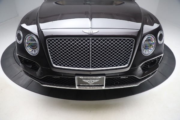 Used 2017 Bentley Bentayga W12 for sale $138,900 at Alfa Romeo of Greenwich in Greenwich CT 06830 13