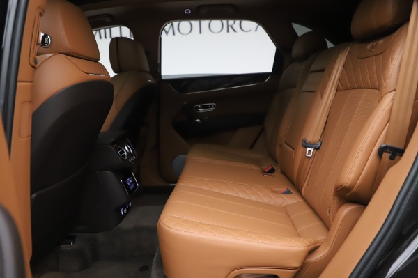 Used 2017 Bentley Bentayga W12 for sale $138,900 at Alfa Romeo of Greenwich in Greenwich CT 06830 22
