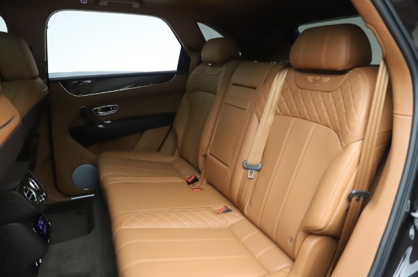 Used 2017 Bentley Bentayga W12 for sale $138,900 at Alfa Romeo of Greenwich in Greenwich CT 06830 23
