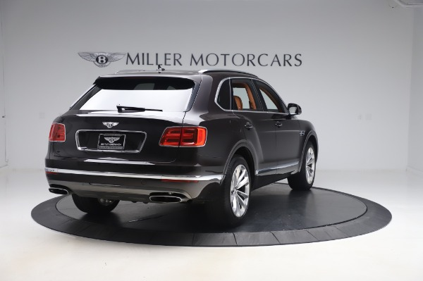Used 2017 Bentley Bentayga W12 for sale $138,900 at Alfa Romeo of Greenwich in Greenwich CT 06830 7