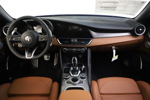 New 2020 Alfa Romeo Giulia Ti Sport Q4 for sale $51,495 at Alfa Romeo of Greenwich in Greenwich CT 06830 16
