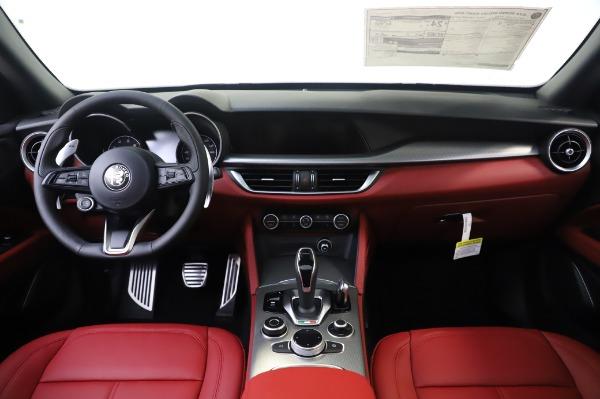 New 2020 Alfa Romeo Stelvio Sport Q4 for sale $50,945 at Alfa Romeo of Greenwich in Greenwich CT 06830 16