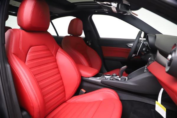 New 2020 Alfa Romeo Giulia Ti Sport Q4 for sale Sold at Alfa Romeo of Greenwich in Greenwich CT 06830 22