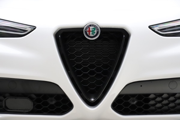 New 2020 Alfa Romeo Stelvio Ti Sport Q4 for sale Sold at Alfa Romeo of Greenwich in Greenwich CT 06830 13