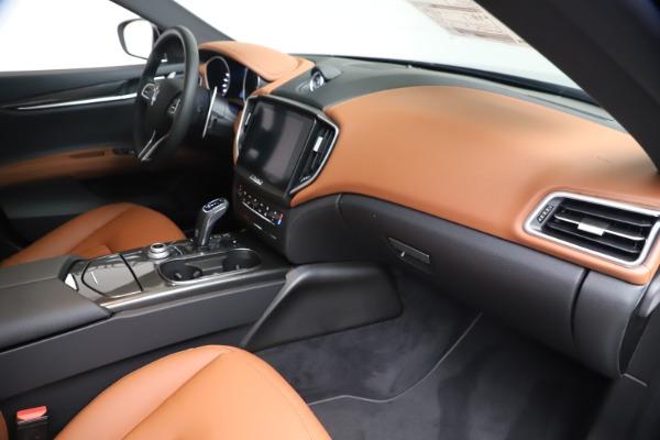 New 2020 Maserati Ghibli S Q4 for sale $87,285 at Alfa Romeo of Greenwich in Greenwich CT 06830 22