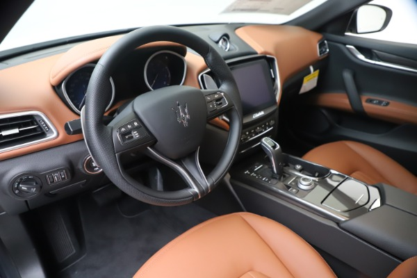 New 2020 Maserati Ghibli S Q4 for sale $84,735 at Alfa Romeo of Greenwich in Greenwich CT 06830 13