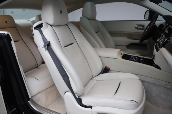 Used 2014 Rolls-Royce Wraith Base for sale $168,900 at Alfa Romeo of Greenwich in Greenwich CT 06830 14