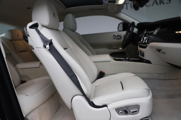 Used 2014 Rolls-Royce Wraith Base for sale $168,900 at Alfa Romeo of Greenwich in Greenwich CT 06830 19