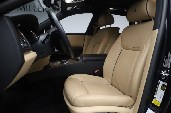 Used 2016 Rolls-Royce Ghost for sale $177,900 at Alfa Romeo of Greenwich in Greenwich CT 06830 15