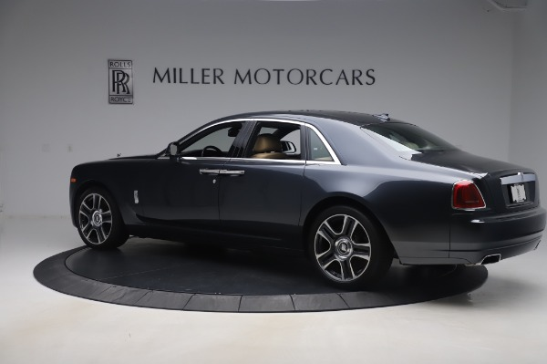 Used 2016 Rolls-Royce Ghost for sale $177,900 at Alfa Romeo of Greenwich in Greenwich CT 06830 4