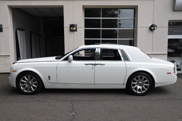Used 2014 Rolls-Royce Phantom for sale $199,900 at Alfa Romeo of Greenwich in Greenwich CT 06830 5