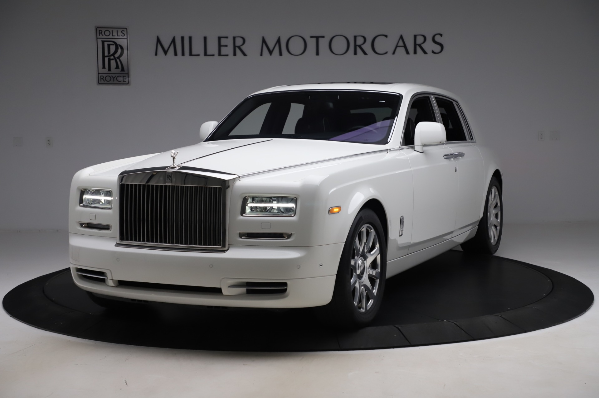 Used 2014 Rolls-Royce Phantom for sale $199,900 at Alfa Romeo of Greenwich in Greenwich CT 06830 1