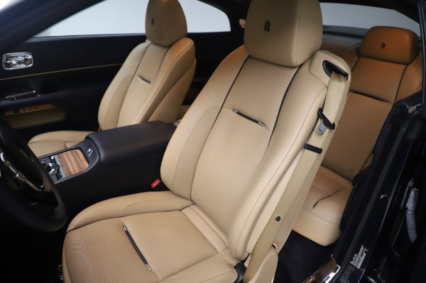 Used 2015 Rolls-Royce Wraith for sale $179,900 at Alfa Romeo of Greenwich in Greenwich CT 06830 11