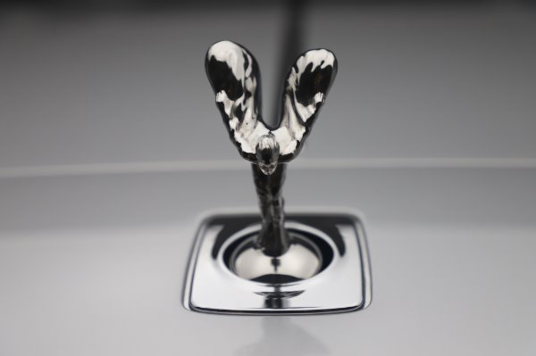 Used 2015 Rolls-Royce Wraith for sale $179,900 at Alfa Romeo of Greenwich in Greenwich CT 06830 27