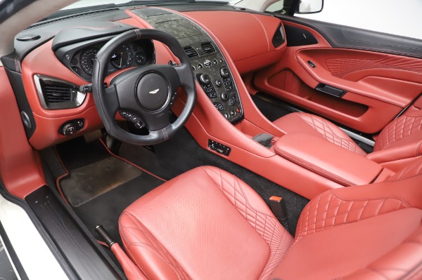 Used 2018 Aston Martin Vanquish S Volante for sale $183,900 at Alfa Romeo of Greenwich in Greenwich CT 06830 13