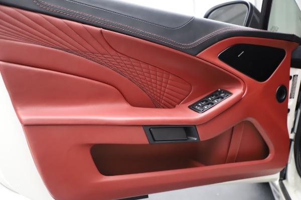 Used 2018 Aston Martin Vanquish S Volante for sale $179,900 at Alfa Romeo of Greenwich in Greenwich CT 06830 17