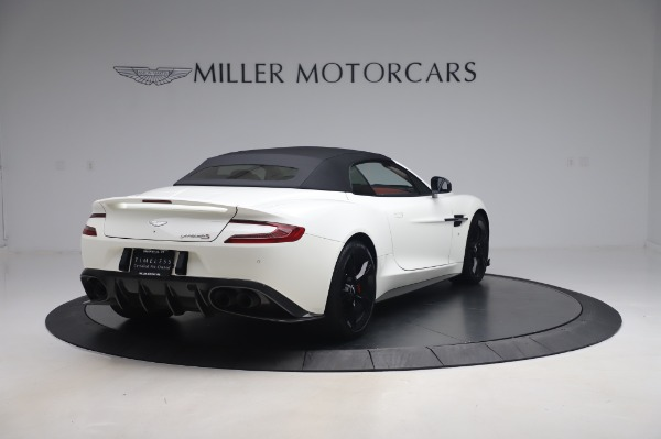 Used 2018 Aston Martin Vanquish S Volante for sale $183,900 at Alfa Romeo of Greenwich in Greenwich CT 06830 24