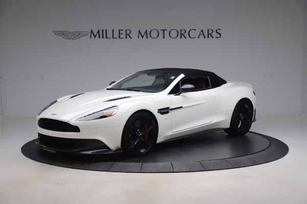 Used 2018 Aston Martin Vanquish S Volante for sale $183,900 at Alfa Romeo of Greenwich in Greenwich CT 06830 27