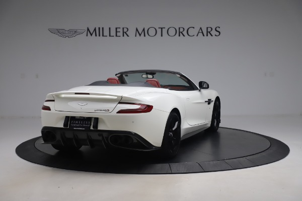 Used 2018 Aston Martin Vanquish S Volante for sale $183,900 at Alfa Romeo of Greenwich in Greenwich CT 06830 6