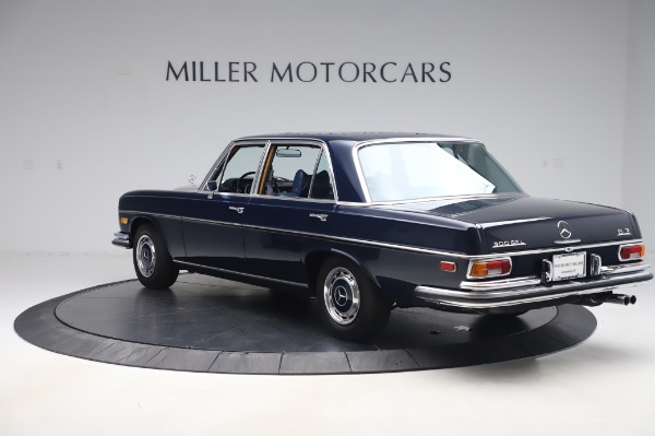 Used 1971 Mercedes-Benz 300 SEL 6.3 for sale $117,000 at Alfa Romeo of Greenwich in Greenwich CT 06830 5