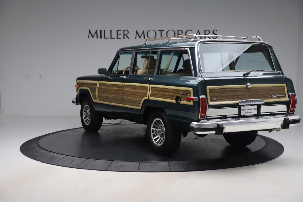 Used 1991 Jeep Grand Wagoneer for sale $89,900 at Alfa Romeo of Greenwich in Greenwich CT 06830 5