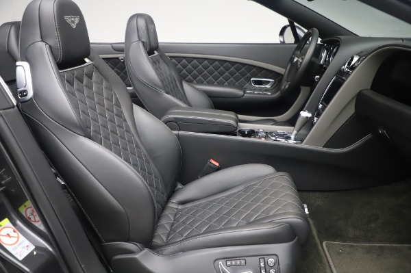 Used 2016 Bentley Continental GT Convertible Speed for sale $139,900 at Alfa Romeo of Greenwich in Greenwich CT 06830 24