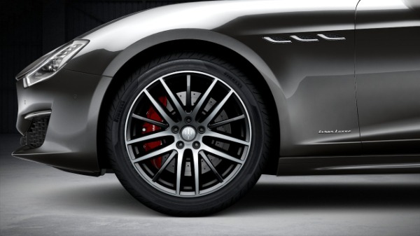 New 2020 Maserati Ghibli S Q4 GranLusso for sale $89,940 at Alfa Romeo of Greenwich in Greenwich CT 06830 3